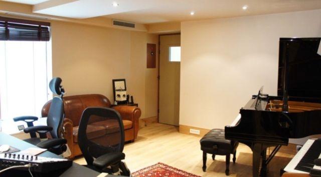 vente bureaux paris 11 75011 90m2. Black Bedroom Furniture Sets. Home Design Ideas