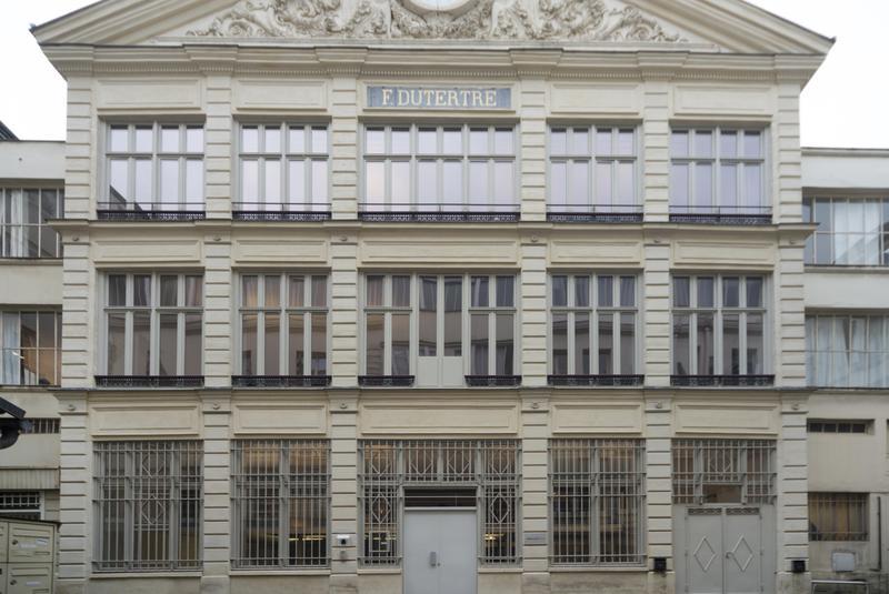 Bureaux rénovés 105 m2 - Photo 1