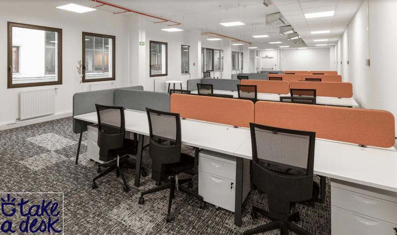 Take a desk coworking nantes u bureauxlocaux