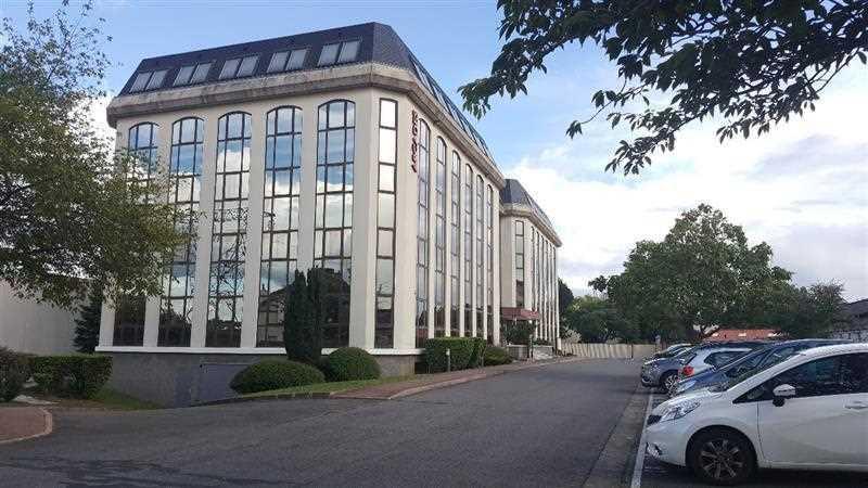 A LOUER, Dans belle immeuble, bureaux à louer - Photo 1