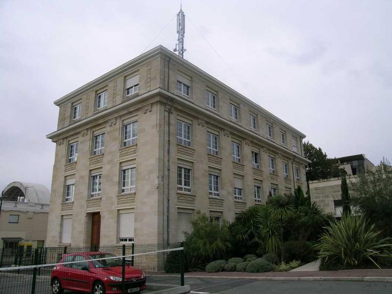 Location bureaux bordeaux 33000 165m for Location bordeaux 33000
