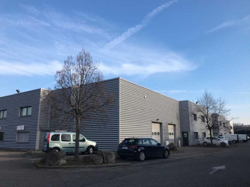 Location Entrepôt Decines Charpieu 69150 - Photo 1