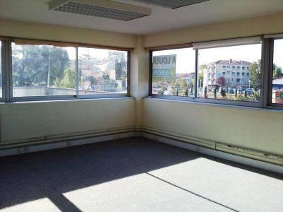 Location bureaux toulouse 31300 508m2 for Location garage toulouse 31300