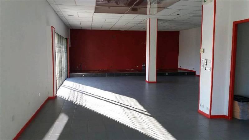vente locaux d activit 233 s locaux commerciaux plaisance du touch 31830 706m2 bureauxlocaux