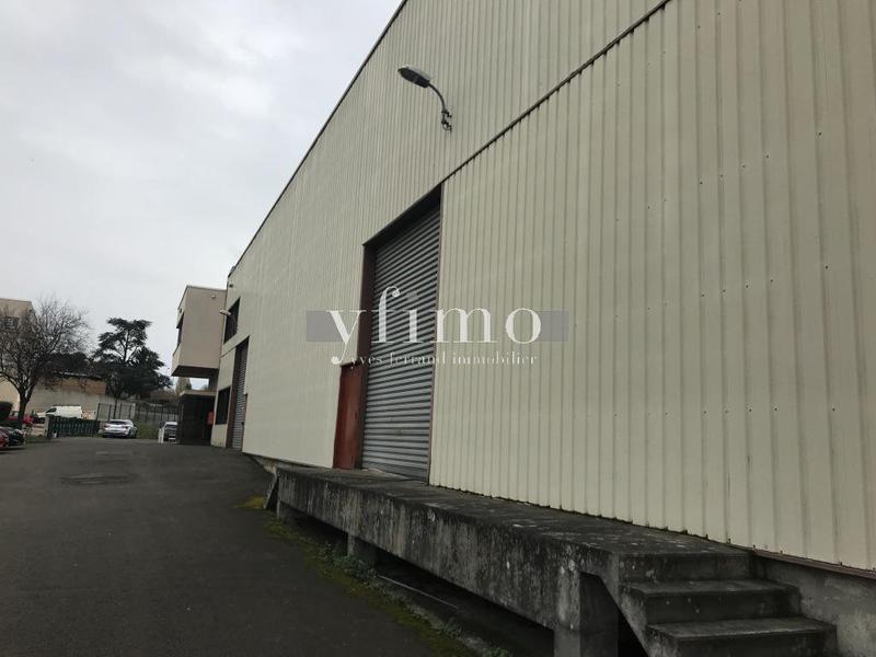 Locaux d'activité 1064 m2 Orgeval - Photo 1