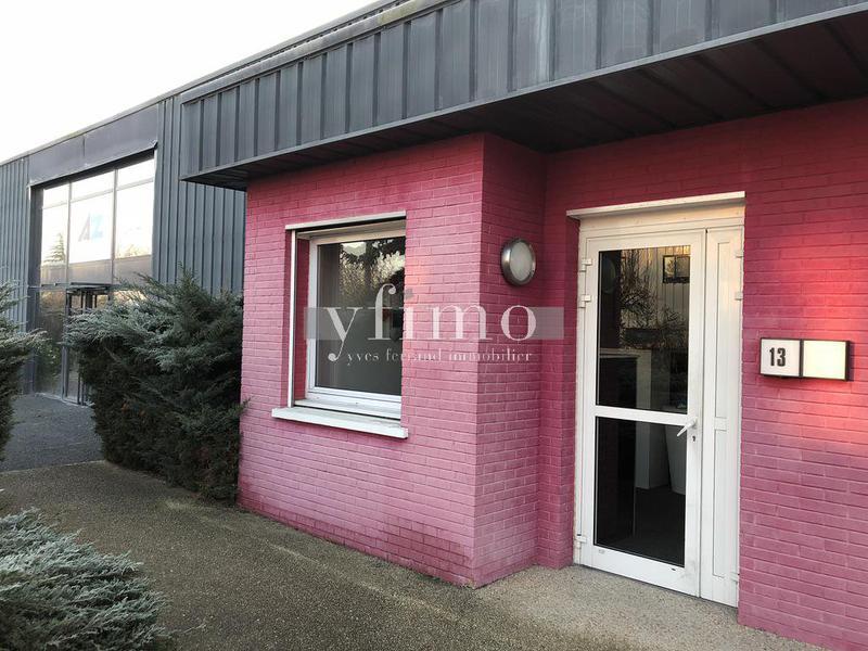 Les Mureaux bâtiment indépendant Activité/bureaux de 442 m2 - Photo 1