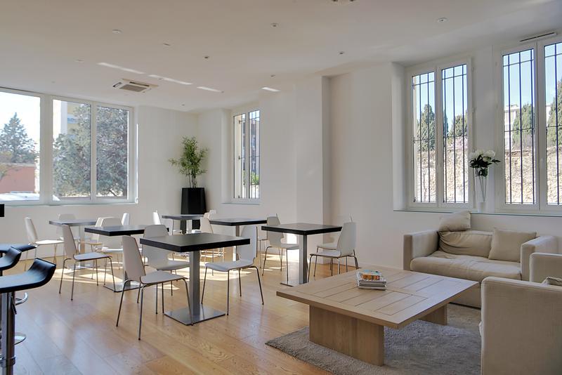 Location bureau salon de provence 13300 768m² u2013 bureauxlocaux.com