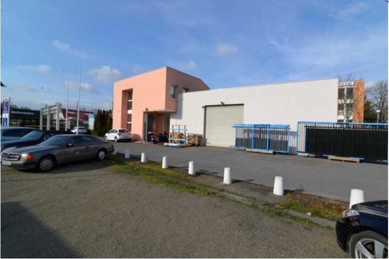 613 m² de locaux commerciaux et activités