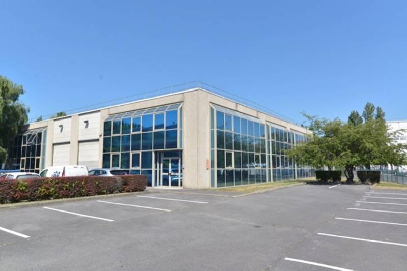 A louer 622 m² d'activités et bureaux à Bezons - Photo 1