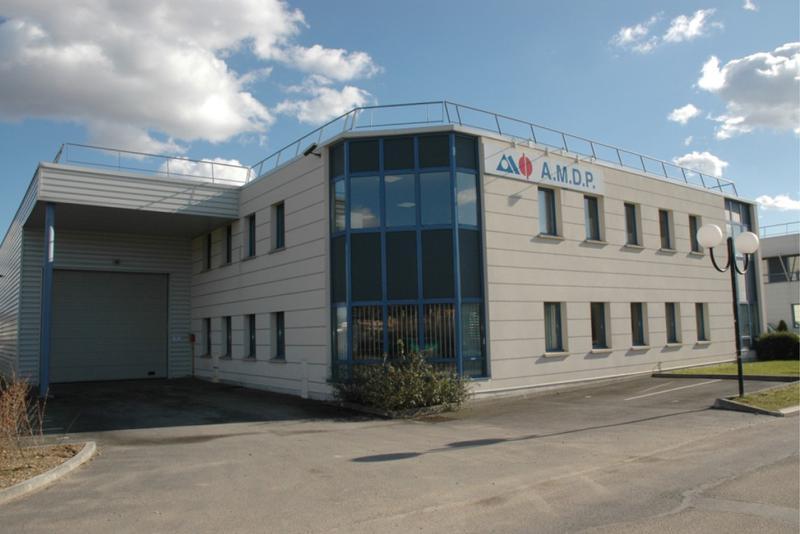 !! PRODUIT RARE !! A LOUER 1 123 m² d'entrepôt avec bureaux à Croissy sur Seine - Photo 1