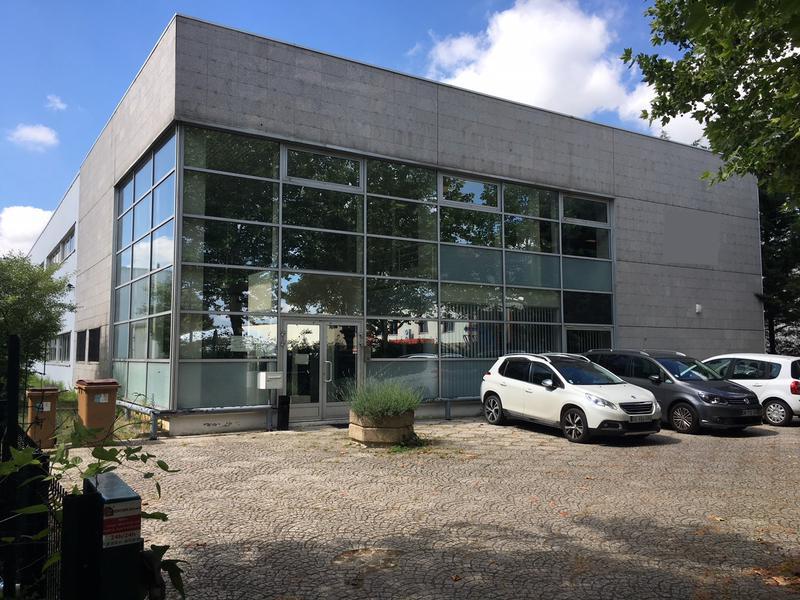A louer BÂTIMENT INDÉPENDANT mixte de 1990 m² à Achères - Photo 1