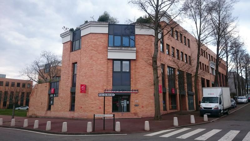 A louer 350 m² de bureaux ERP et accès PMR à St Germain en Laye - Photo 1