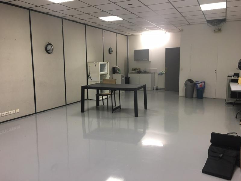 TECHNOPARC POISSY - A louer 255 m² de bureaux et activités, divisibles à partir de 100 m² - Photo 1