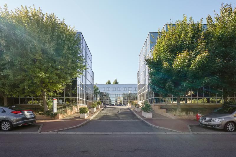 A LOUER lots de 142 à 578 m² de bureaux à Saint Germain en Laye - Photo 1