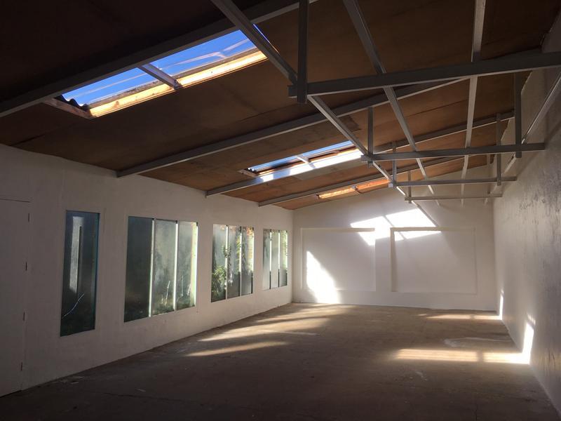 A LOUER local d'activités de 106 m² à Argenteuil - Photo 1