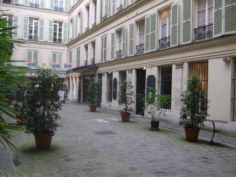 Galerie/boutique rue Drouot - Photo 1