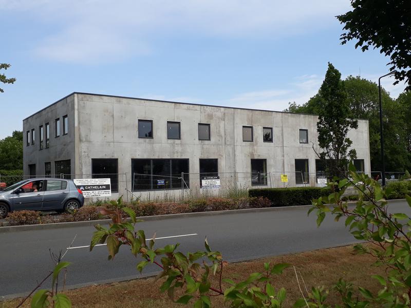 A LOUER Bureaux Neufs 230 m² divibles à partir de 80m².  VALENCIENNES - Photo 1