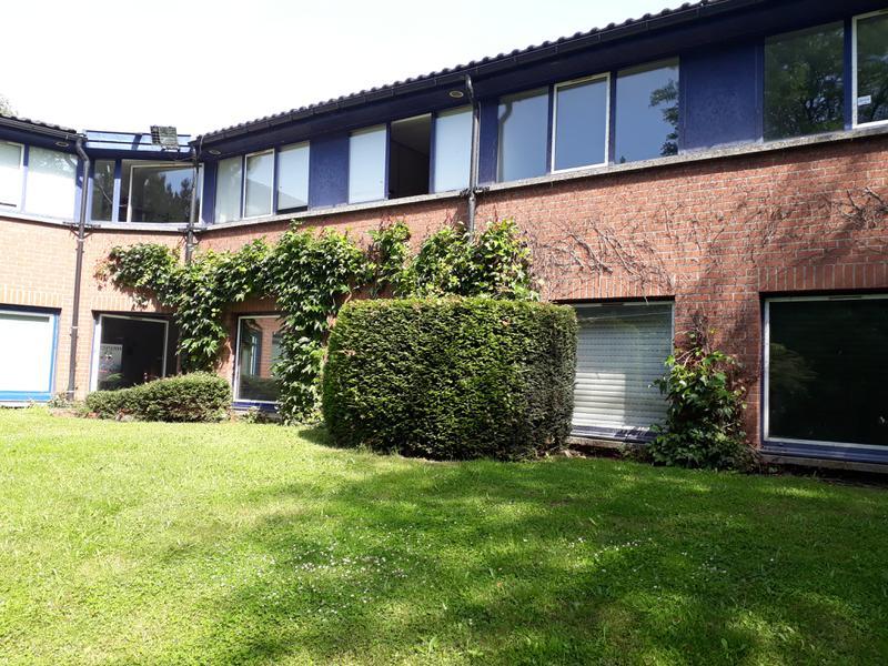 BUREAUX A LOUER 182 m² - Photo 1