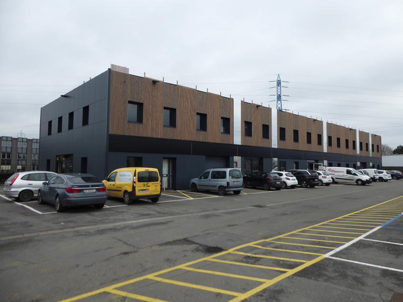 A LOUER Bureaux 107 m² environ à WASQUEHAL - La Pilaterie - Photo 1