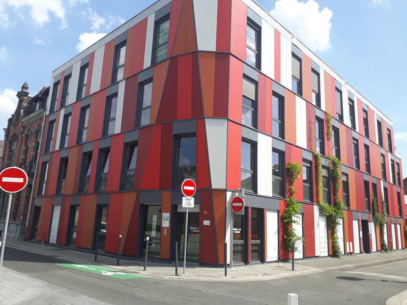 BUREAUX A LOUER / A VENDRE - 92 m², 125 m² et 160 m² à ROUBAIX - Photo 1