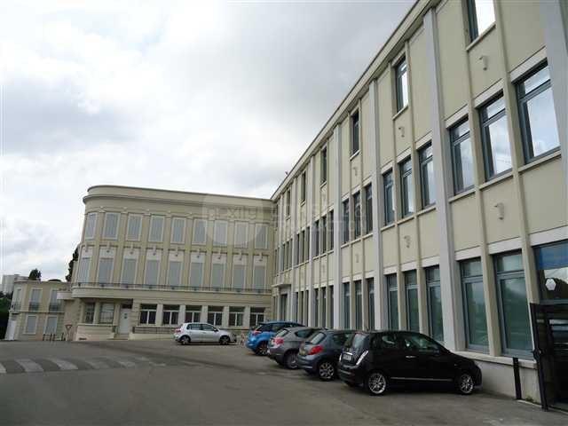 Location Bureaux Marseille 13013 - Photo 1