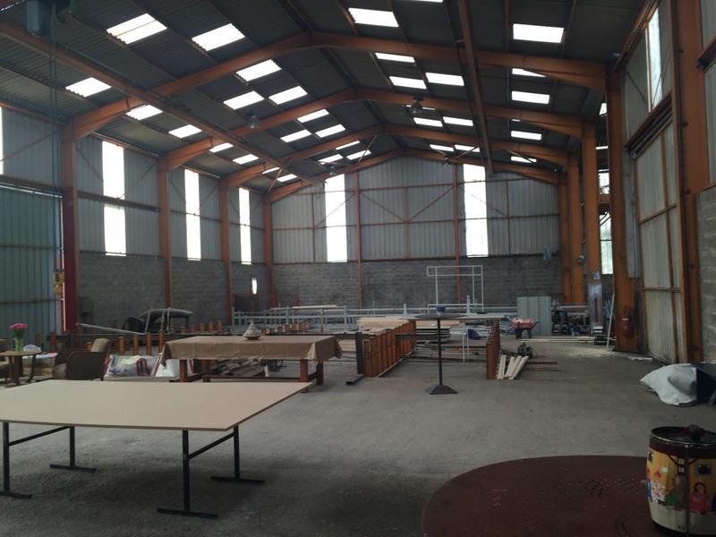 Bâtiment industriel de 1200 m² en vente à Mouguerre 64 - Photo 1