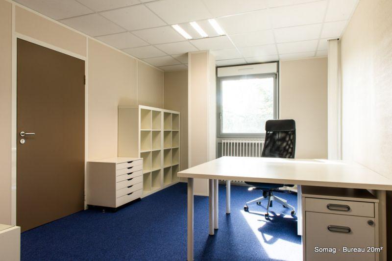 Bureaux à louer 30-40m² - Photo 1