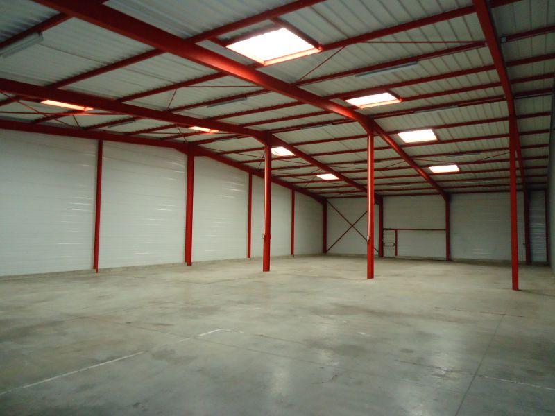 Local activités 600 m² - BESANCON-Ecole Valentin