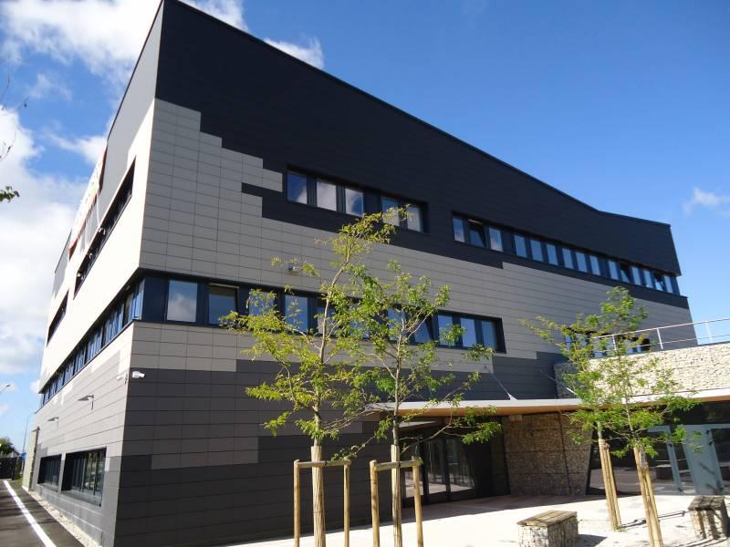 Location bureaux brut 80 m² - Photo 1