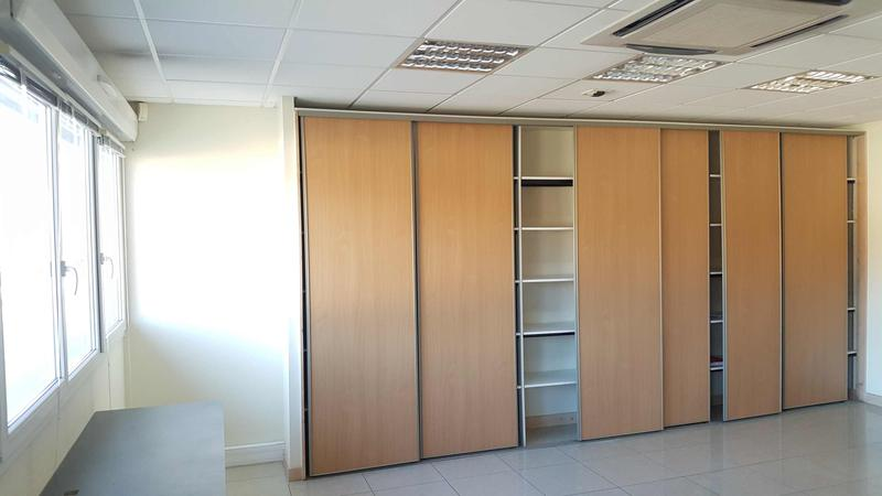 164 m² bureaux 1 étage - Photo 1