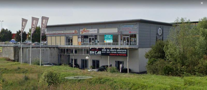 LOCAL COMMERCIAL 153 M2 - Photo 1