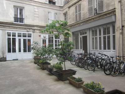 Location bureaux paris 9 75009 88m2 for Location bureau atypique paris