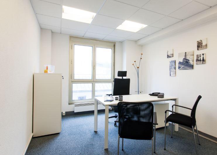 Buro Club Nantes Coworking Bureauxlocaux Com