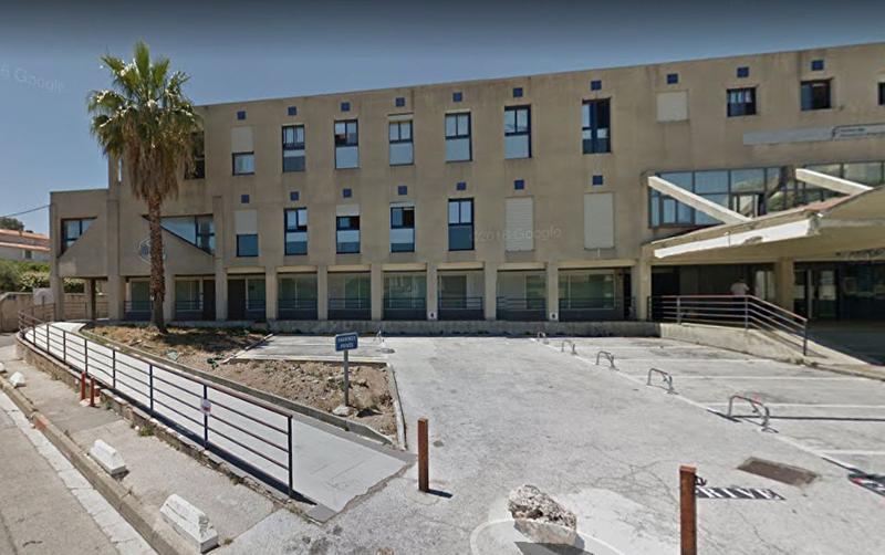Local commercial - Bureaux La Seyne Sur Mer 268,71 m2 - Photo 1