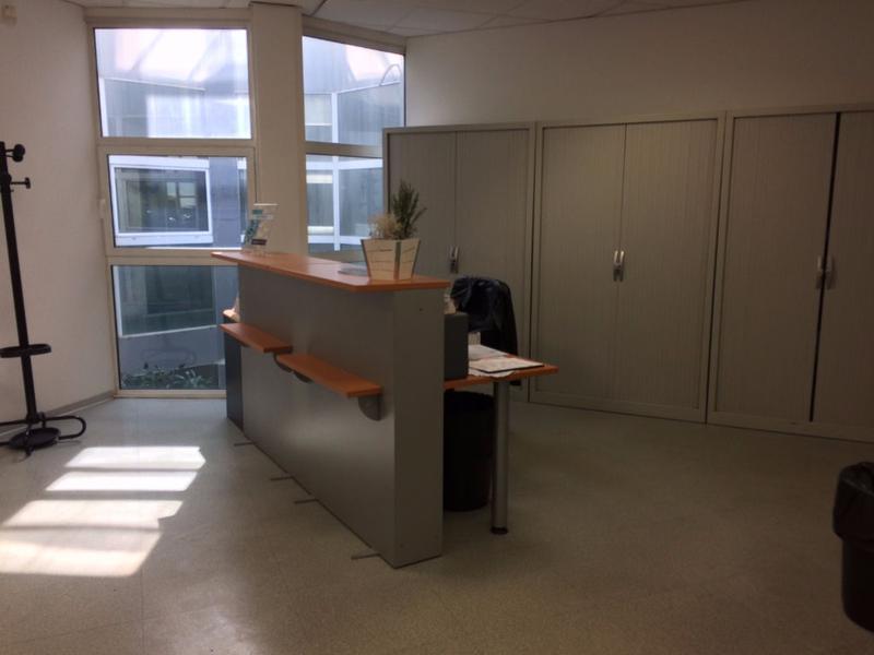 Investissement. Bureaux La Seyne Sur Mer 125 m2, loués par une enseigne nationale - Photo 1