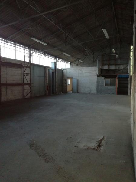 SAINT-HERBLAIN, à louer local mixte activité/ bureaux de 1 255 m²