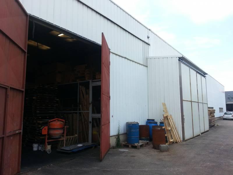 Vente entrep t feyzin 69320 1 080m2 for Prix m2 batiment industriel