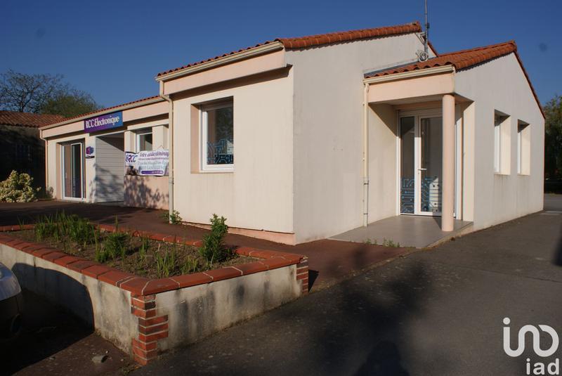 Location Bureaux 105 m² - Photo 1