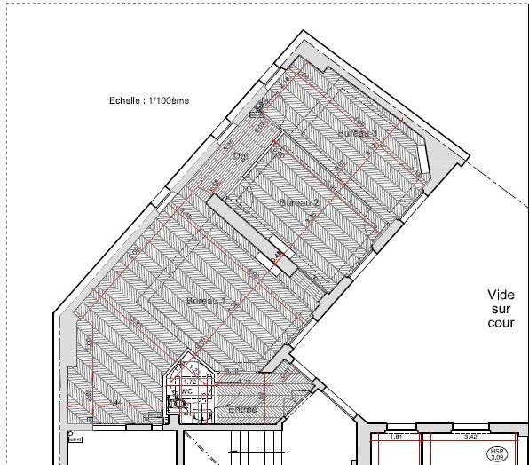 Locaux de 90 m² à 2 ps de la place des Victoires