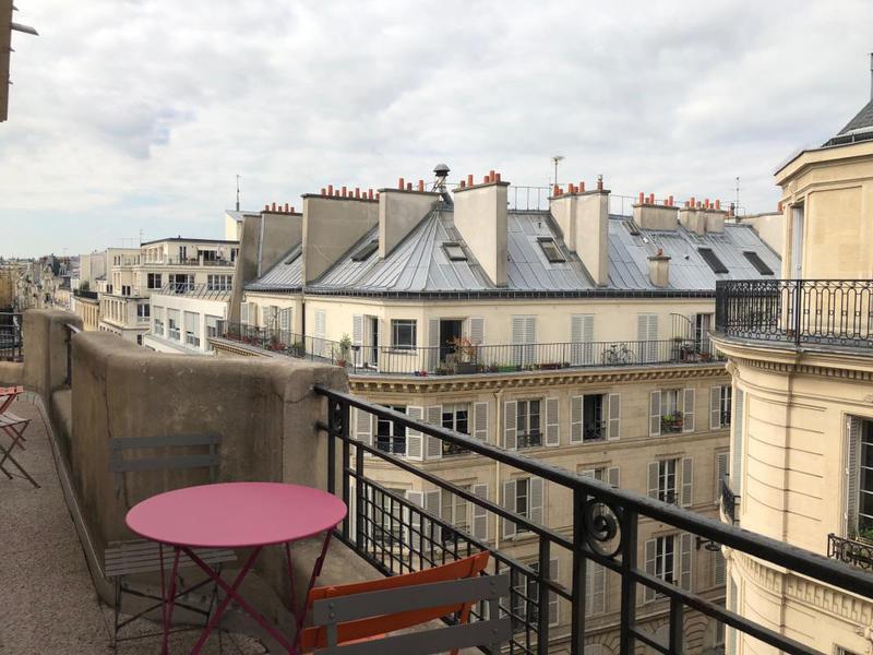 Open Space d'angle avec balcon - rue de Paradis - Photo 1