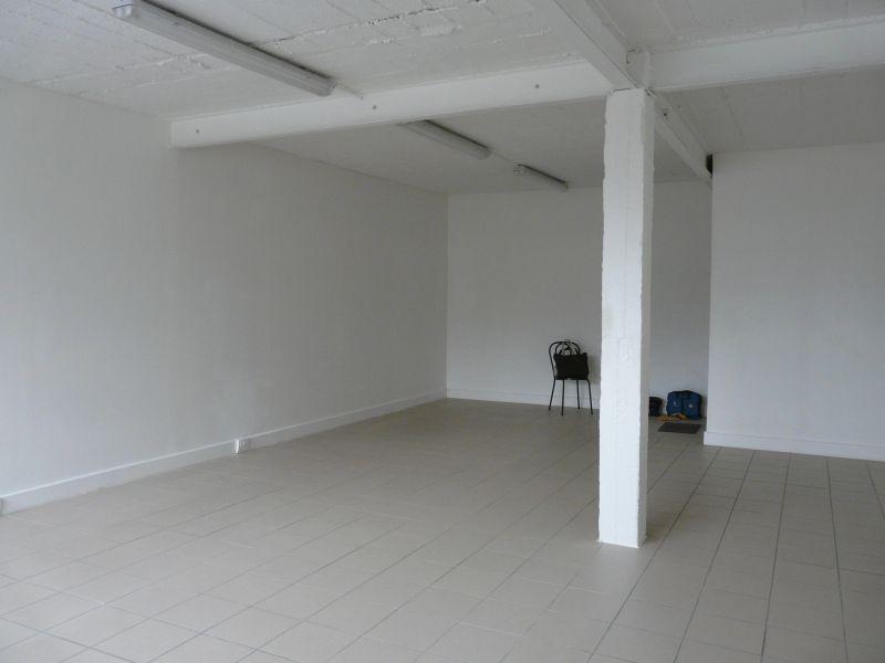 Local d'activités et ou de bureaux à Etampes