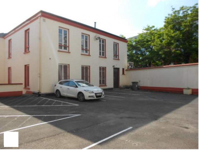 Immeuble indépendant de charme à proximité immédiate de la gare d'Argenteuil