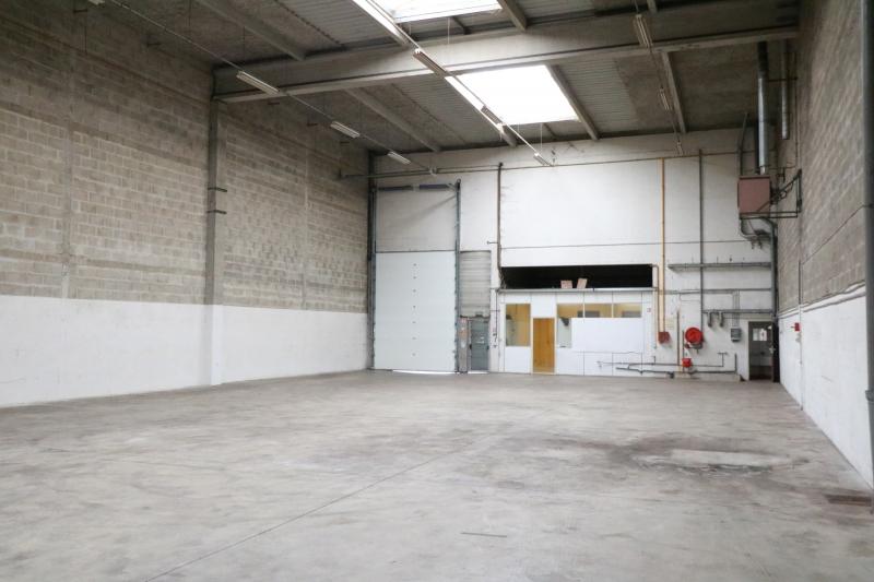Local d'activité+bureaux de 621m² à Gennevilliers, proximité A15 et Qwartz