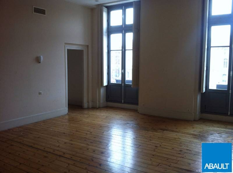 location bureaux toulouse 31000 160m2. Black Bedroom Furniture Sets. Home Design Ideas