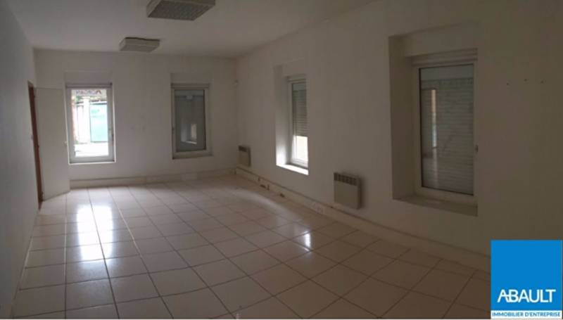 Location commerces toulouse 31300 130m2 for Location garage toulouse 31300