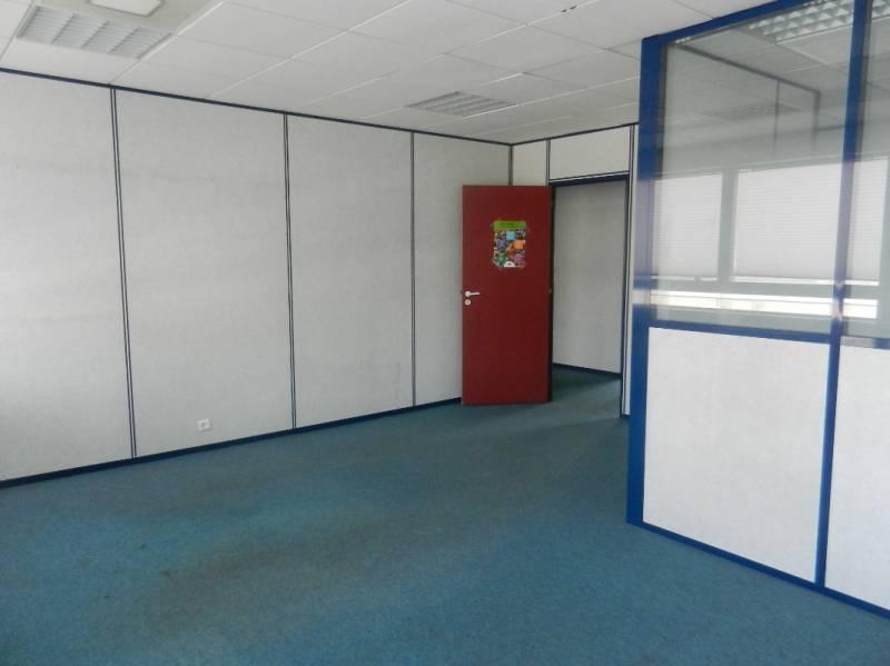 Location bureaux montigny le bretonneux 78180 264m2 id - Bureau de change montigny le bretonneux ...