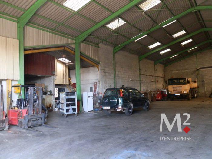 Local industriel 1 500 m² + maison 300m² - Mornant - Photo 1