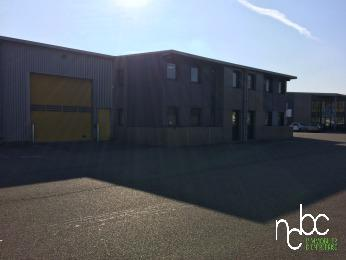 Local Activité - 1118 m² - Photo 1