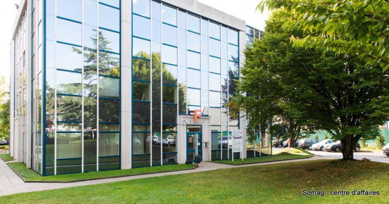 Bureaux 90m² RDC - Photo 1