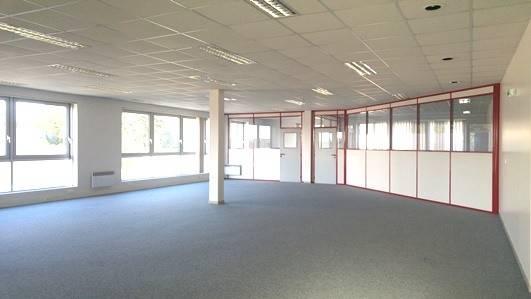 Bureaux LES ESSARTS LE ROI - Photo 1